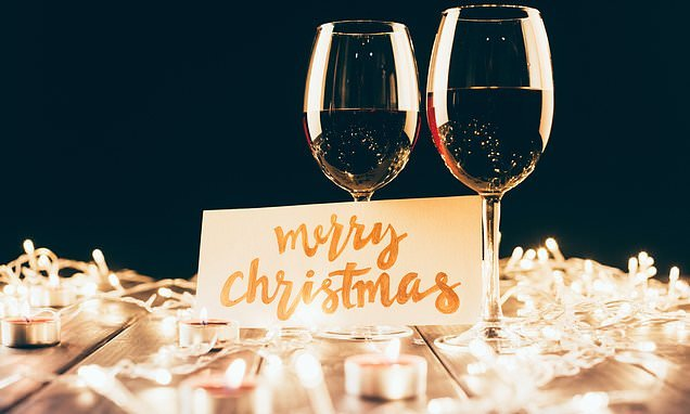 Christmas cards with images of alcohol 'encourage binge drinking'