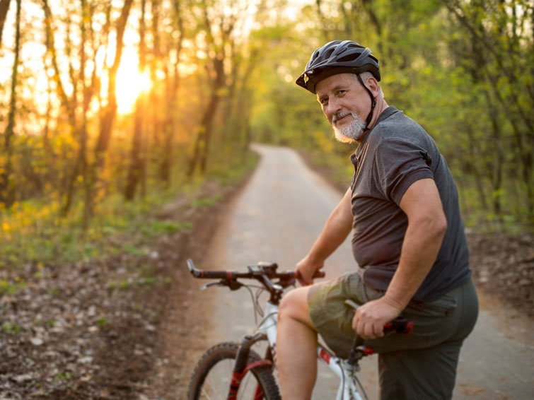 Cycling reduces the abdominal circumference