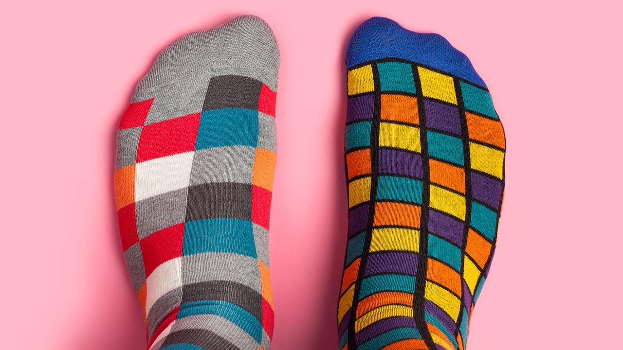 Man who sniffs dirty socks daily hospitalized with fungal infection in lungs, reports say