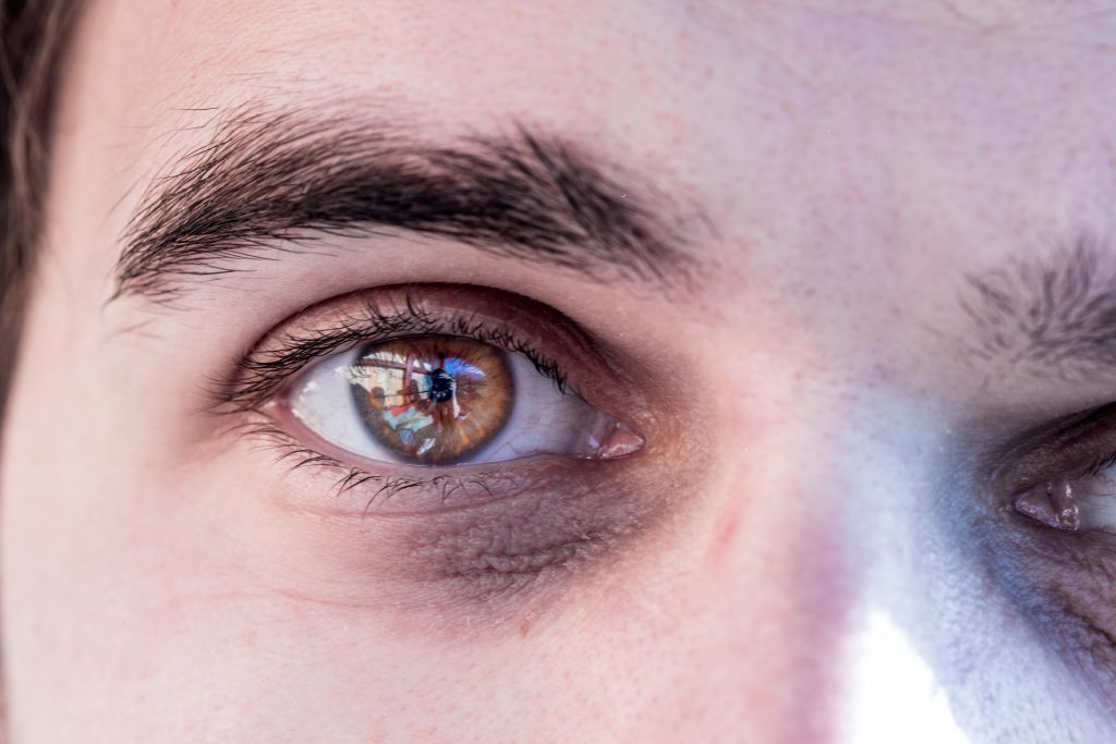 Study proves: This eye color makes us prone to winter depression