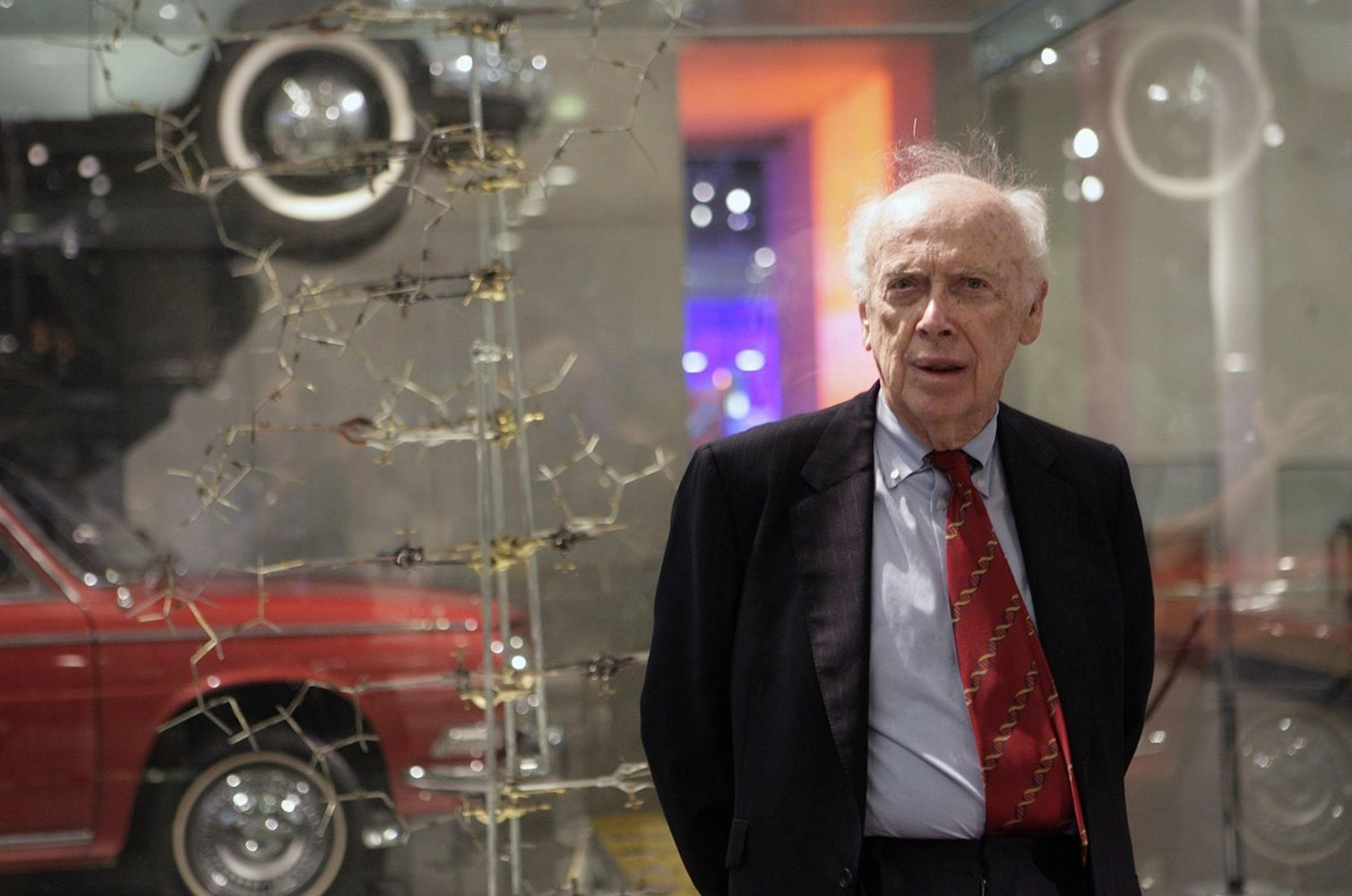 James Watson, Co-Discoverer of DNA Structure, Stripped of Honors Over Racist Statements