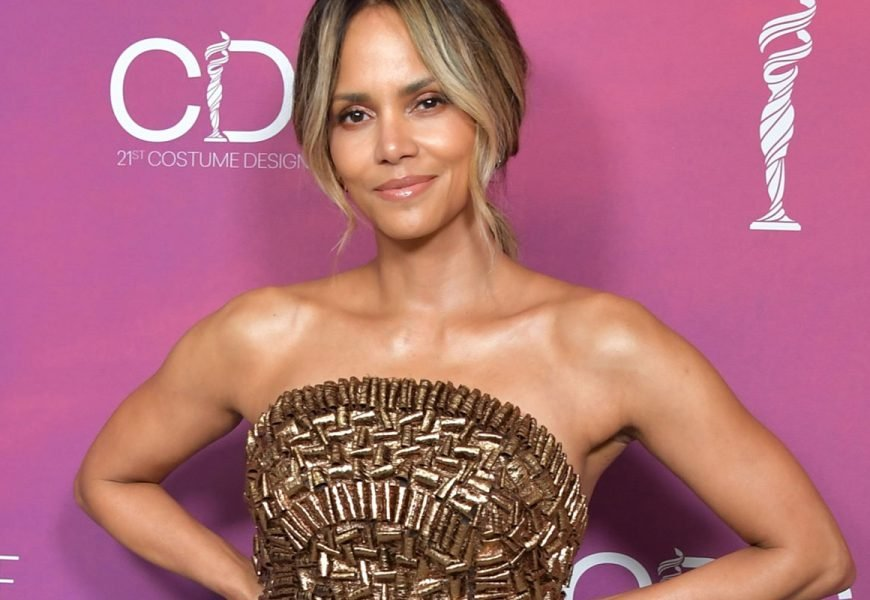 Halle Berry Does This *Very* Questionable Thing Every Time She Works Out