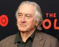 Robert De Niro Jokes He Wants to 'Kill' His Kids Sometimes: Fatherhood Is 'Not Easy'