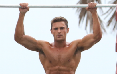 Zac Efron Got Ridiculously Shredded for Baywatch. Here's How.