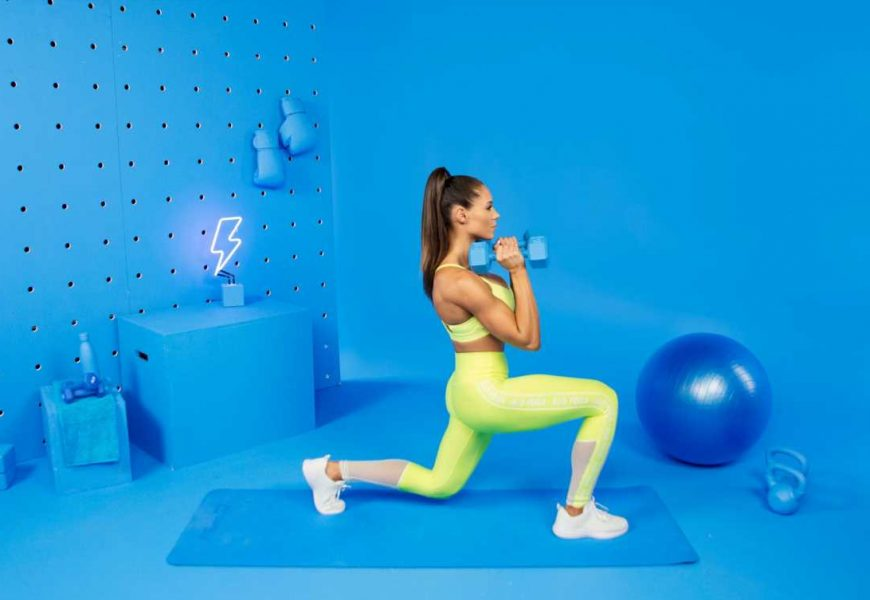 Watch The 3-Move Workout That Helped Transformed Trainer Kelsey Wells' Butt