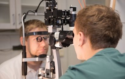 New laser therapy seeks to halt the progression of age-related vision loss