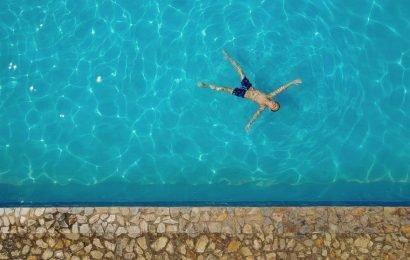 Dozens sickened by chlorine gas in public pool in Utah