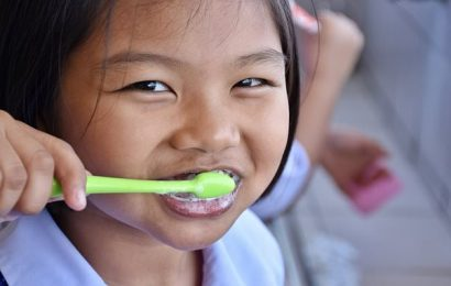 Children 'will be taught how to brush their teeth in SCHOOL'