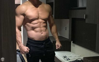 Mark Wahlberg Says 'Age Is Just a Number' in Shirtless Ab-Baring Photo