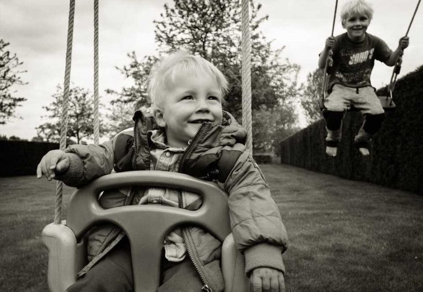Working parents' mental health improves when young children are in nursery school