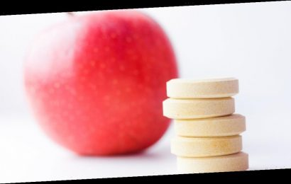 Apple cider vinegar pills for weight loss risks and side effects as student dies
