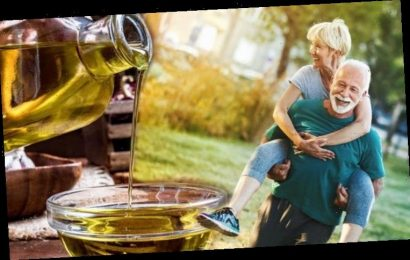 How to live longer: Best cooking oil to choose to increase life expectancy