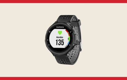 Save $100 on This Top-Rated Garmin Smartwatch Today
