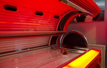 Industry-linked studies more favorable to indoor tanning, researchers say