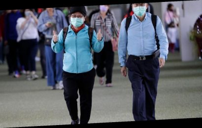 Iraq bans public gatherings on coronavirus fears, bans travel to 9 countries