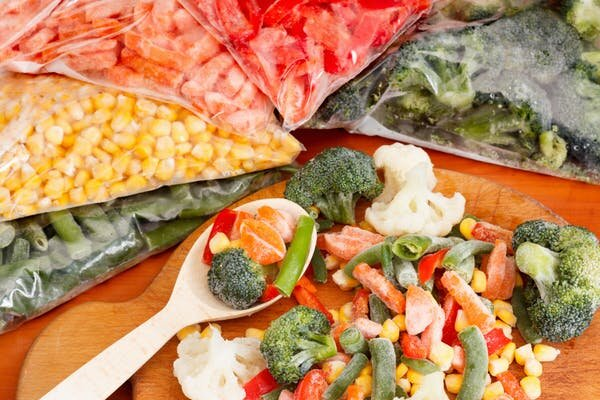 When you can't buy fresh vegetables, what are the best alternatives?