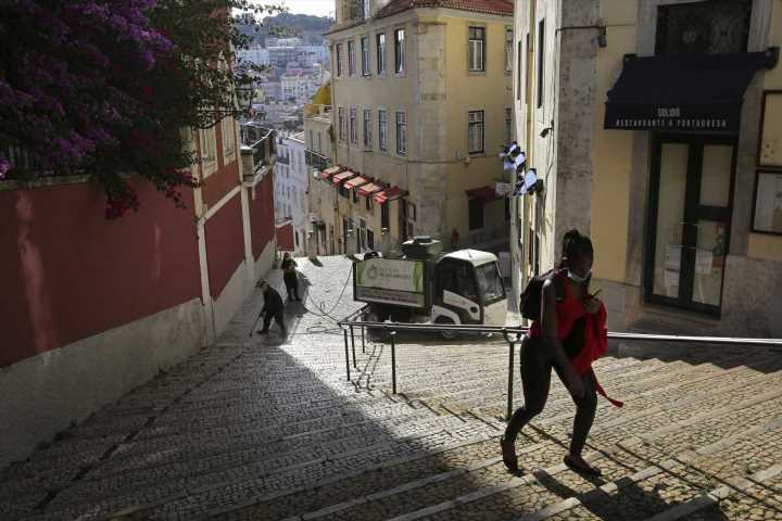 Portugal scrambles to regroup amid 100s of new virus cases