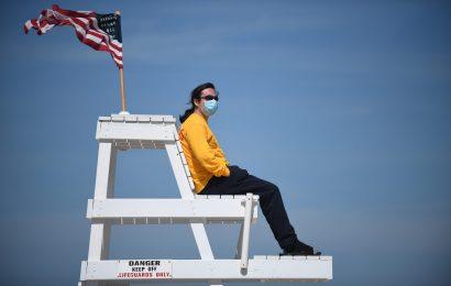 10 Lifeguards at Long Island Beaches Test Positive for Coronavirus
