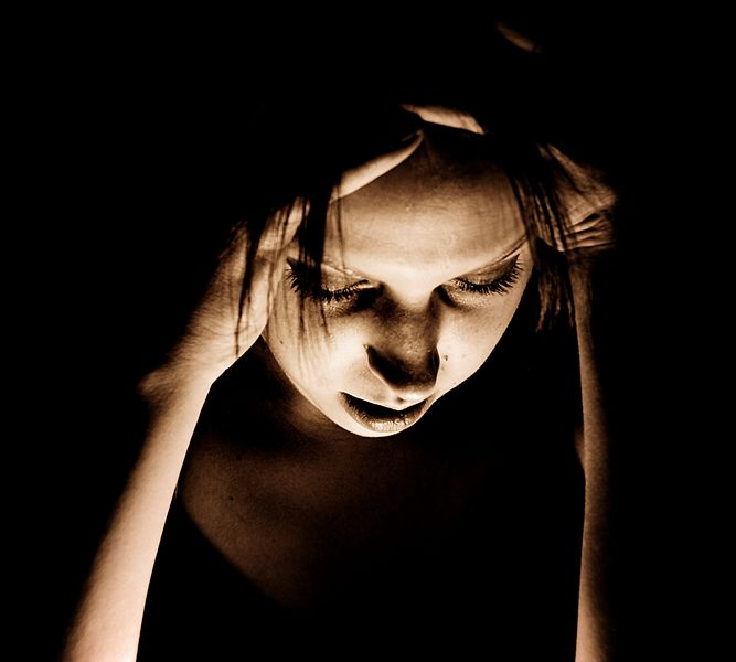 Many women suffering from severe migraine might avoid pregnancy, but should they?