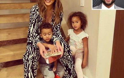 John Legend Says He's 'So, So Grateful' for Chrissy Teigen and Their Children on Thanksgiving