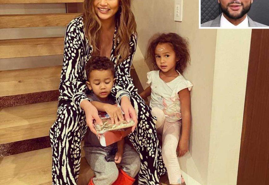 John Legend Says He's 'So, So Grateful' for Chrissy Teigen and Their Children on Thanksgiving