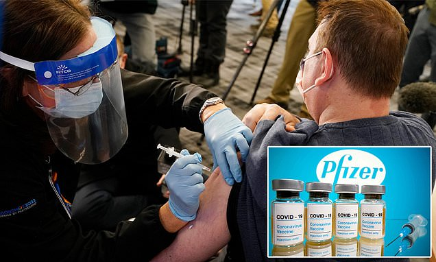 U.S. healthcare worker suffered allergic reaction from Pfizer vaccine