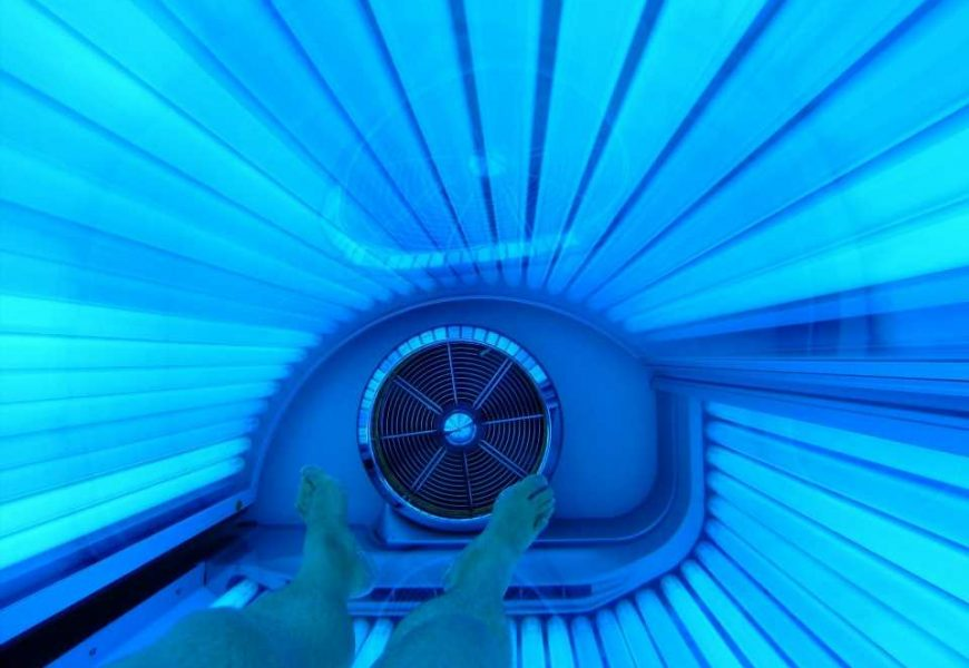 Tanning beds and sunbathing may be associated with an increased risk of endometriosis