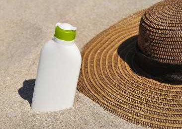 Link between sunscreen ingredient, diet, and cancer risk investigated