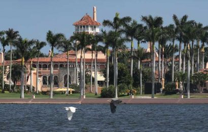 The Truth About Donald And Melania Trump's Life At Mar-A-Lago