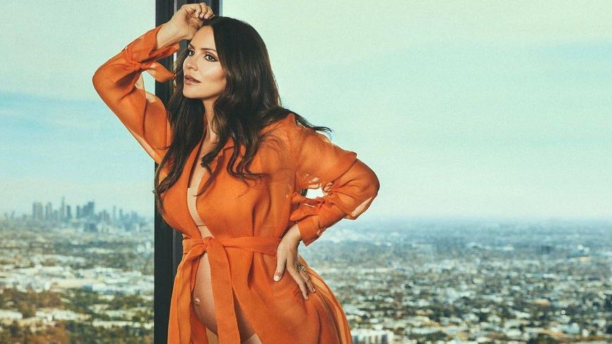 LOL! Katharine McPhee Shows 'Instagram vs Reality' With Maternity Shoot