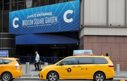 New York will reopen stadiums with limited capacity
