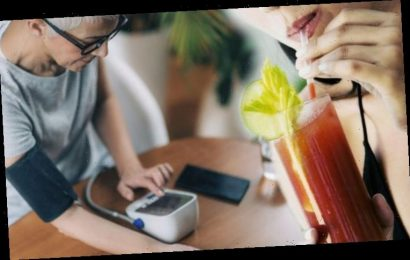 High blood pressure: Experts advise daily tomato juices to help lower your readings