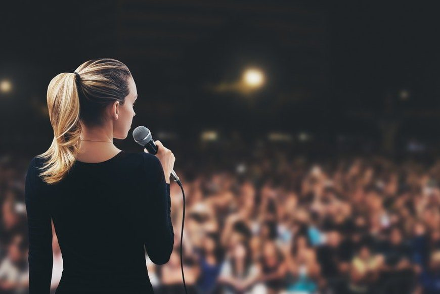 Experts Reveal the Secret to Improve Your Public Speaking Skills!