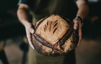Is Cutting Carbs a Sustainable Solution to Losing Weight?