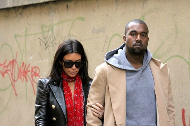 Kim Kardashian Goes on Vacay with Kids and Sisters, Kanye West Not Included