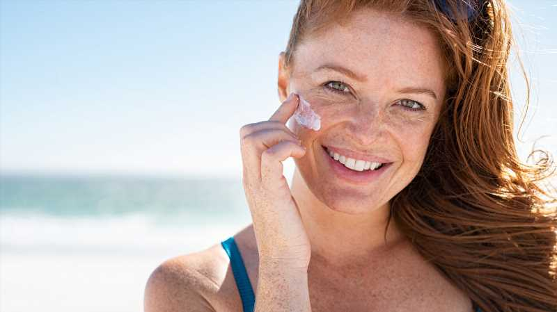 How To Keep Your Sunscreen From Expiring
