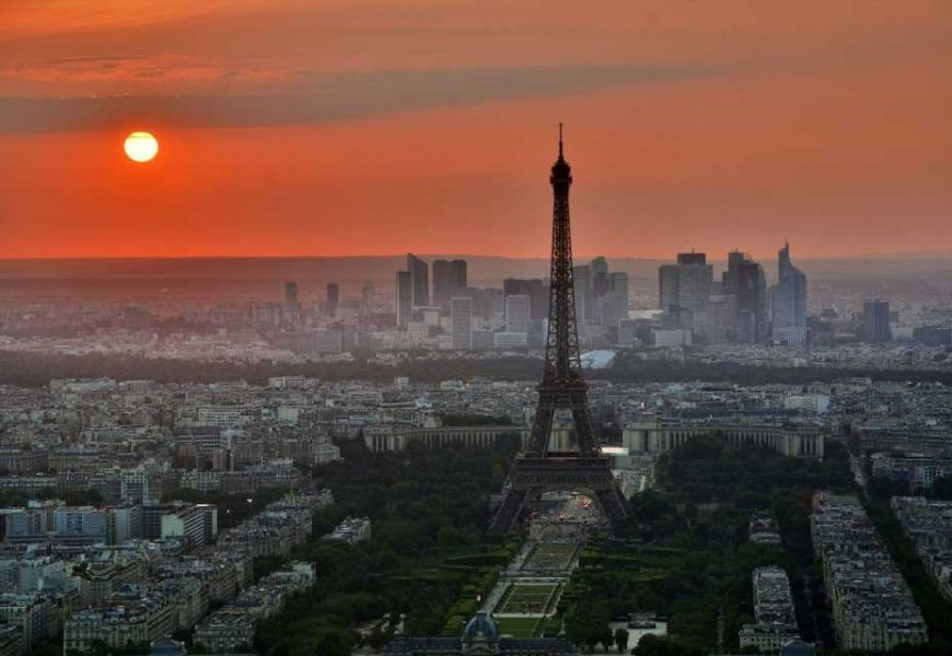 US warns citizens against travel to France over COVID concerns