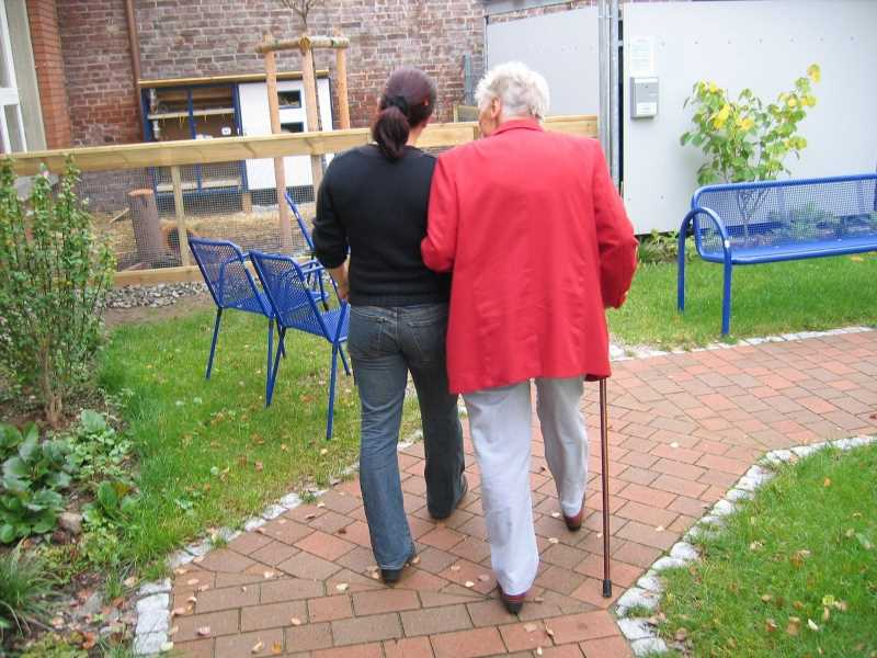 More appropriate support is needed for older residents with dementia in subsidized housing
