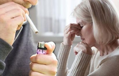 Stoptober: By quitting smoking you can reduce your risk of four eye conditions says expert